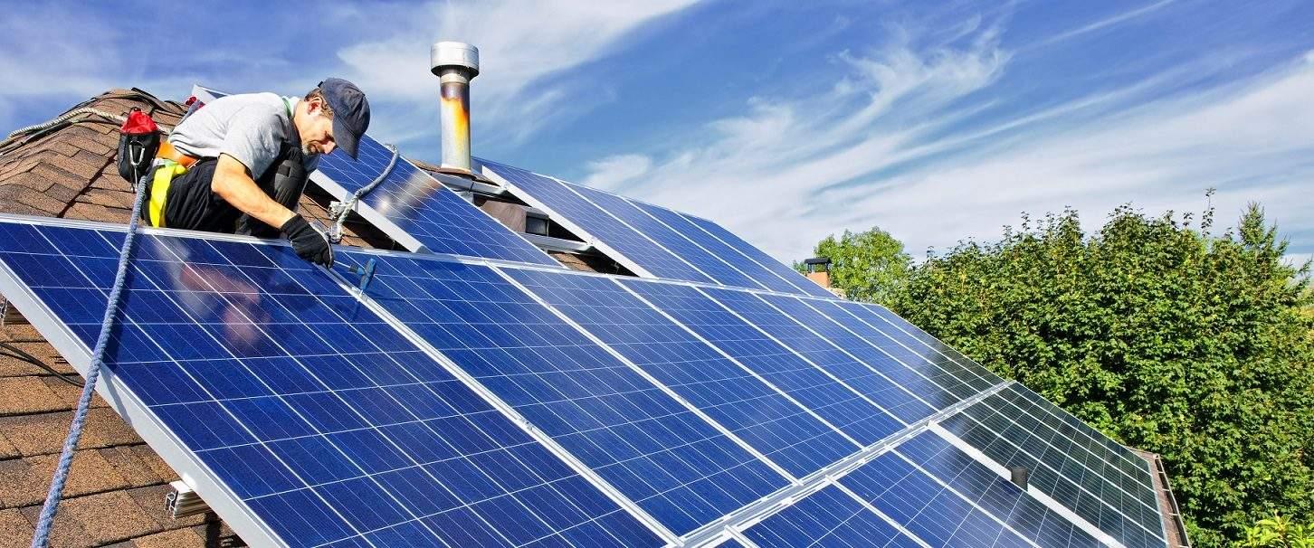 Wees slim, vergelijk zonnepanelen voordat u ze aanschaft.